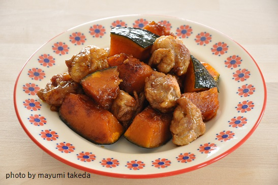一度食べたらヤミツキ☆コロコロ豚こまだんごとかぼちゃの甘辛炒め