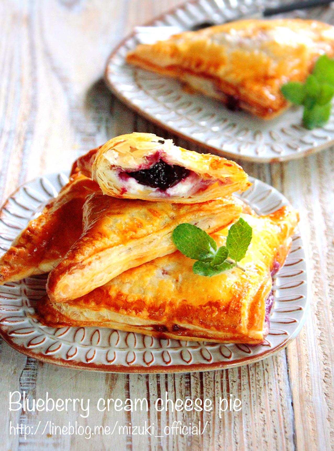 ♡パイシートde超簡単♡ブルーベリークリームチーズパイ♡【#お菓子#三角パイ#時短】