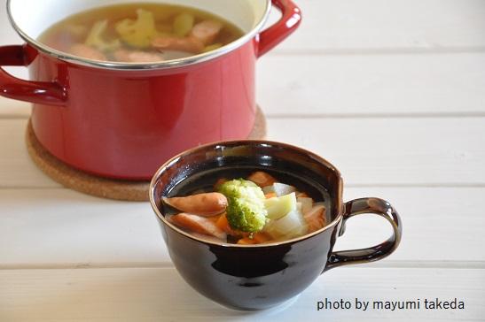 野菜の旨みがたっぷり♡野菜とウインナーのスープ煮
