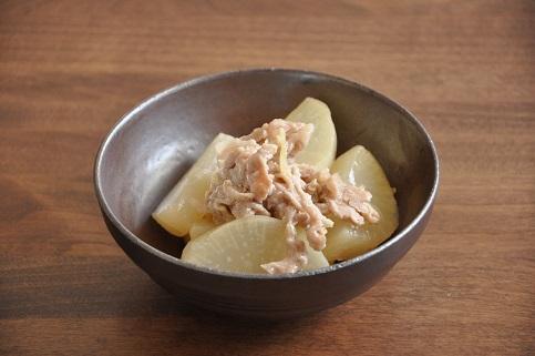 1人分80円調理時間20分ストックおかず♡大根と豚こまのめんつゆ煮