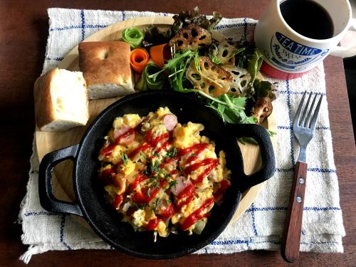 レンジで簡単オムレツで朝ごはんと、ちびまるこちゃん