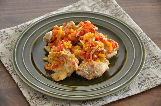 鶏肉のうま味がジュワっと広がる☆鶏肉とパプリカの塩麹焼き