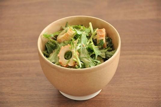 ちくわのうま味でおいしさふくらむ♪ちくわと水菜のサラダ