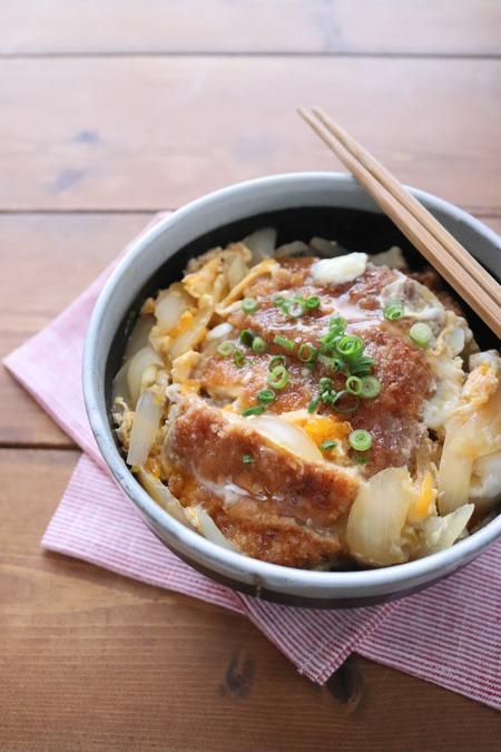 めんつゆで味が決まる!味付け簡単カツ丼
