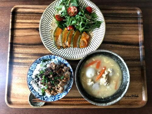 コロナウイルスと子どもの話と、具だくさん味噌汁、納豆ご飯、焼きかぼちゃサラダで朝ごはん