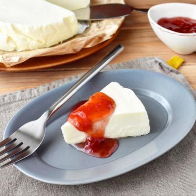 滑らかでとろける舌ざわり【レアチーズケーキ】