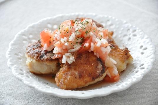 鶏から揚げのフレッシュトマトソースがけ