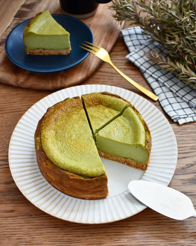 お年賀に♪とっても滑らか♪【抹茶のベイクドチーズケーキ】
