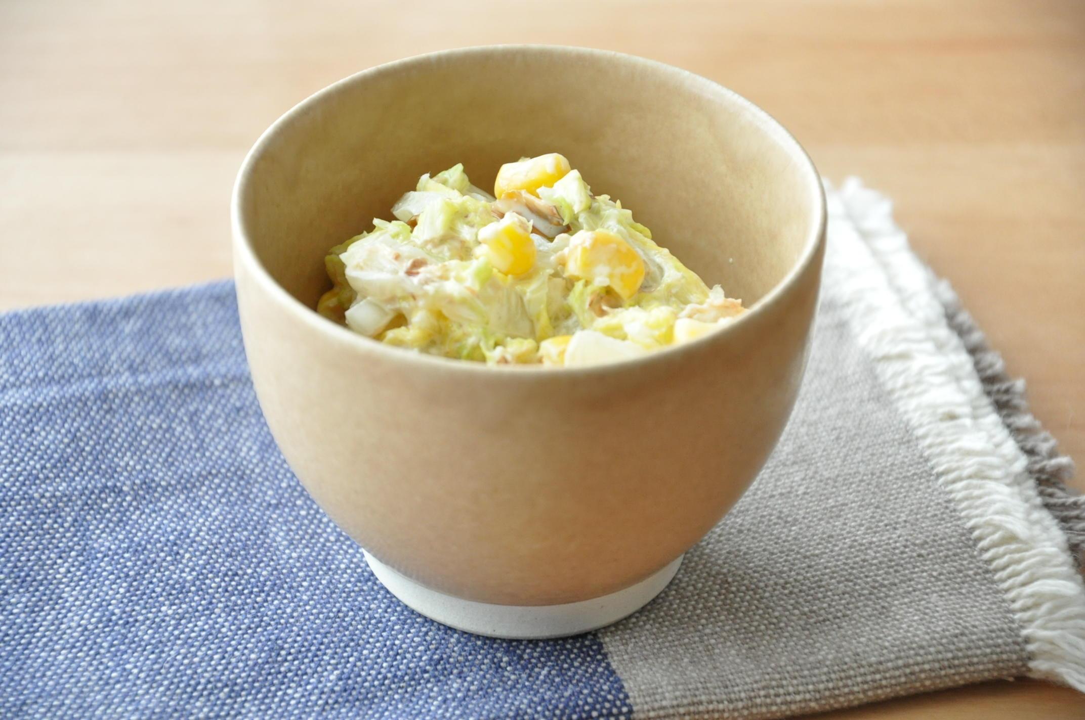 優しい甘みとシャキシャキ感がおいしい!白菜とコーンのサラダ