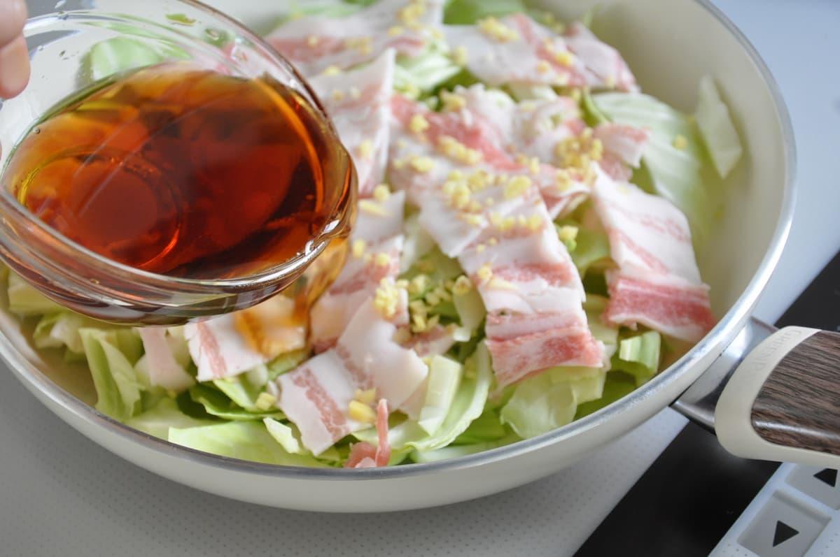 豚バラとキャベツのうま煮