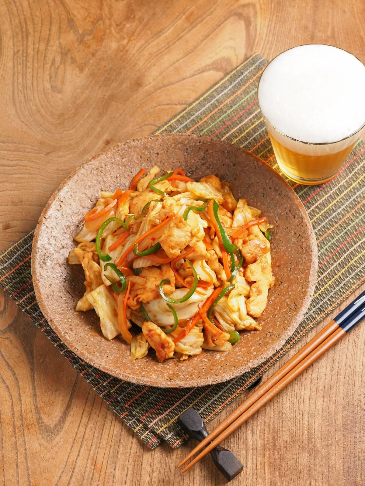 鶏むね肉とキャベツのテンメンジャン炒め