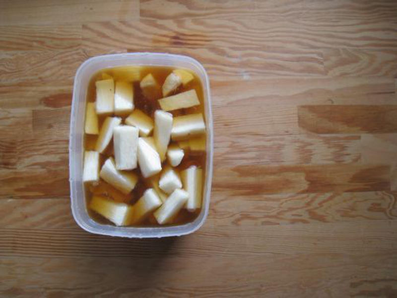 お手軽です!野菜ひとつで作れる「めんつゆ漬け」5選