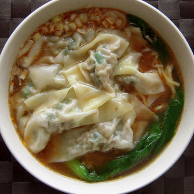 一品でお腹も満足!手作り「ワンタン麺」レシピ5選