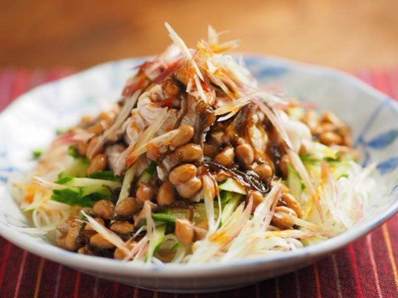 つるんとおいしい!「納豆ともずくで作るさっぱりおかず」5選