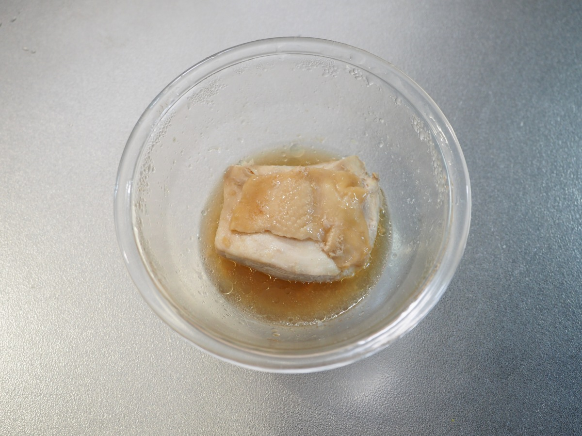 鶏むね肉のラー油蕎麦
