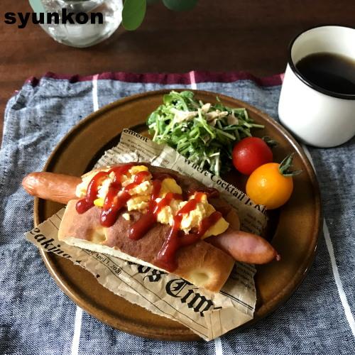 とろとろ卵ドッグと豆苗サラダで朝ごはん/山本ゆり