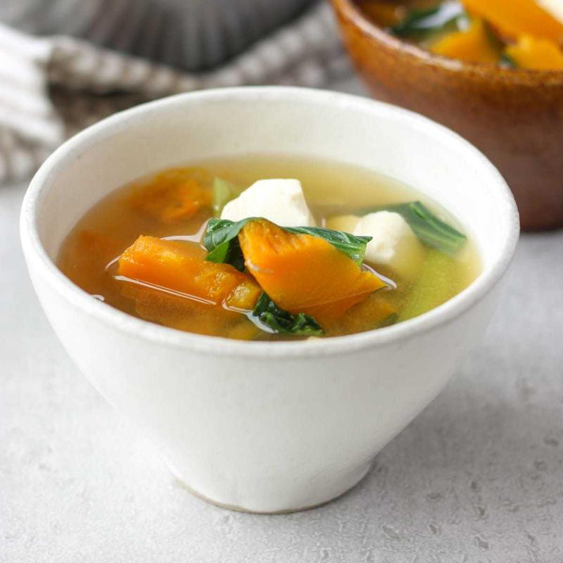 秋を感じる♪ほんのり甘い「かぼちゃの味噌汁」の作り方