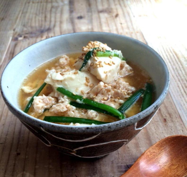 お腹大満足!レンジでかんたん「豆腐のおかずスープ」はいかが?